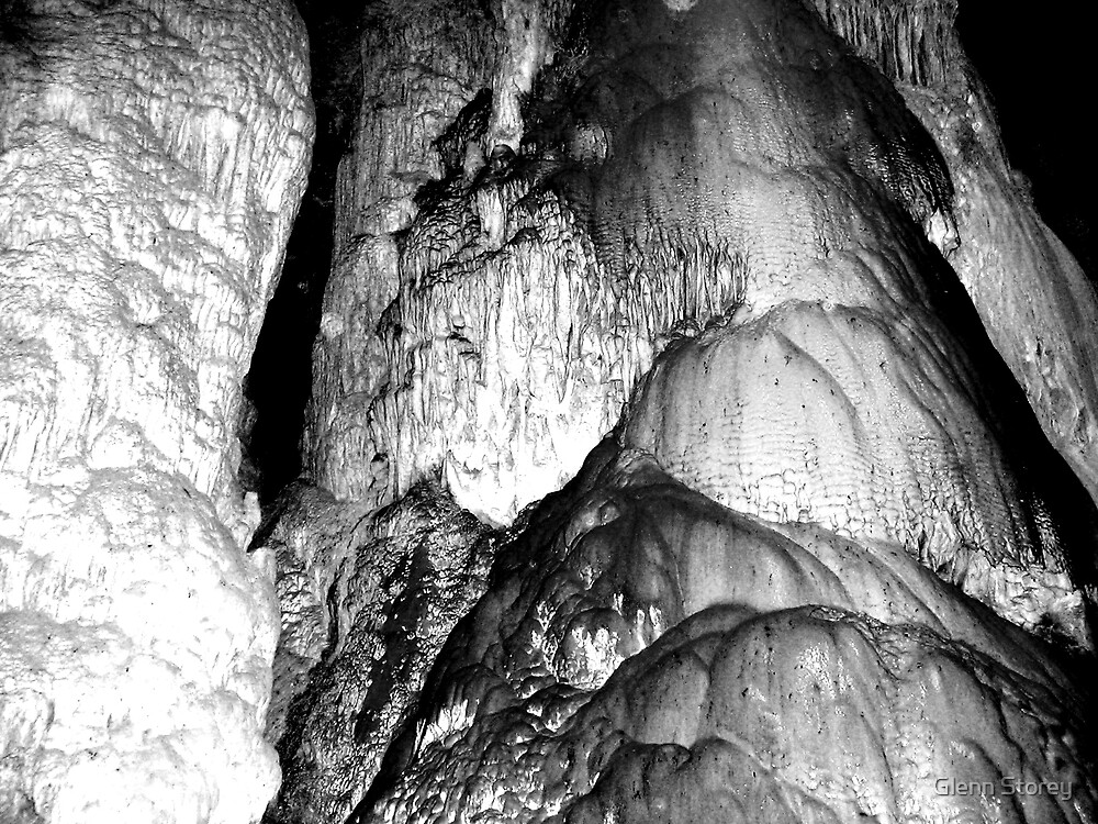 Abercrombie Caves.1 by Glenn Storey