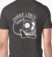 Gender lives here skull - white T-Shirt