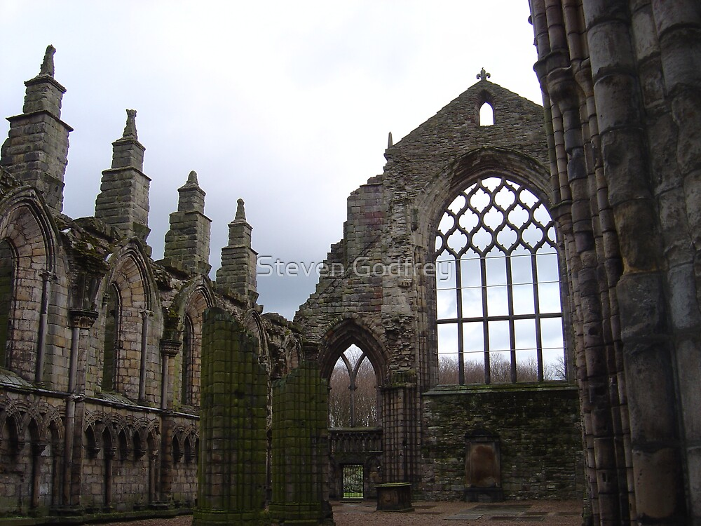 Holyrood Abbey by Steven Godfrey