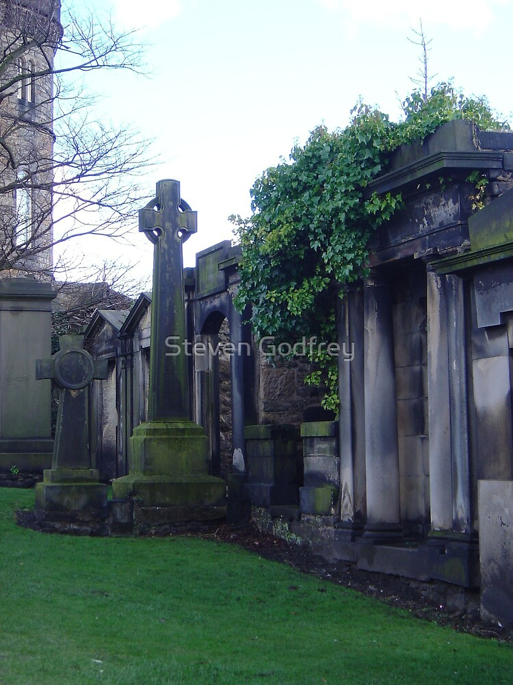 Old Calton Cemetary - Ruined Crypt by Steven Godfrey