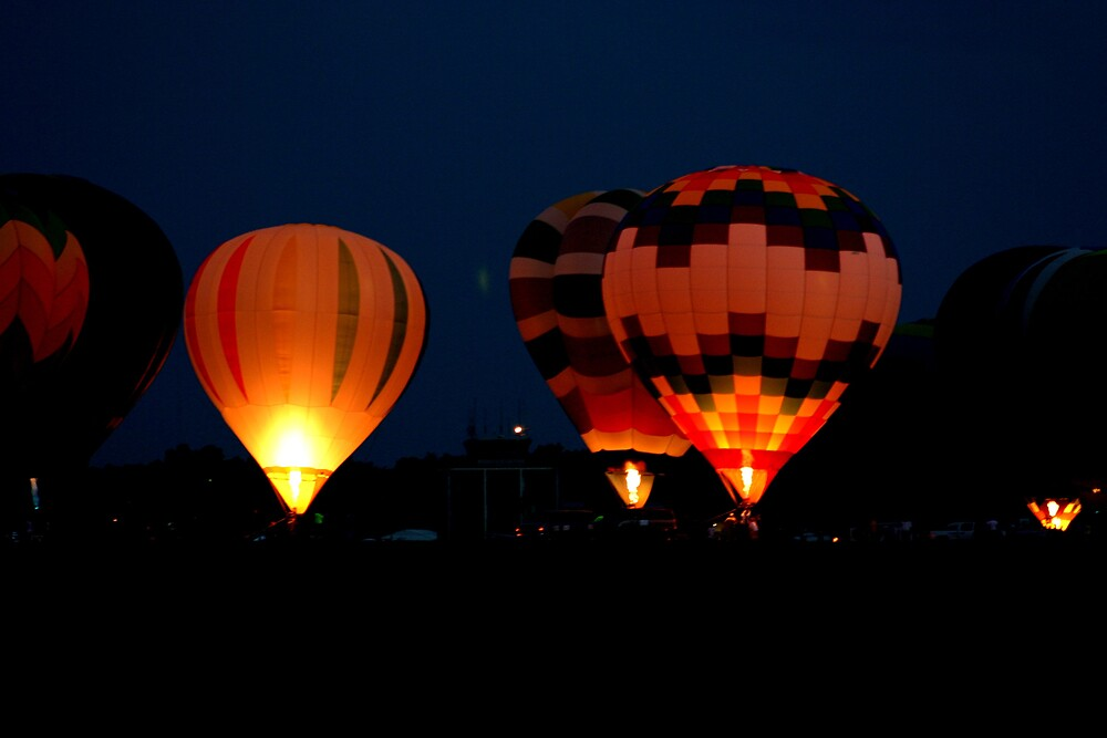 Balloon Show Nite Glow by declown