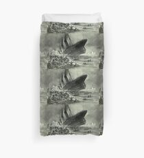 Titanic, 1912, RMS Titanic, Cruise, Ship, Disaster, Untergang der Titanic by Willy Stöwer, 1912 Duvet Cover