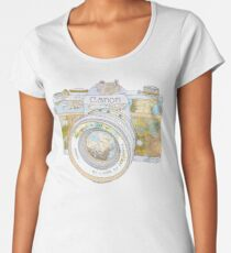 TRAVEL CAN0N Women's Premium T-Shirt