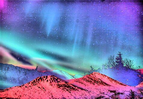 Aurora by hilarydougill