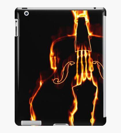 Klassische Geige in Flamme 3 iPad-Hülle & Klebefolie