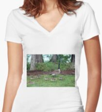 Mama And Five Babies Women's Fitted V-Neck T-Shirt