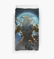 The Legend of Zelda - Breath of the Wild - Link vs Gold Lynel Duvet Cover