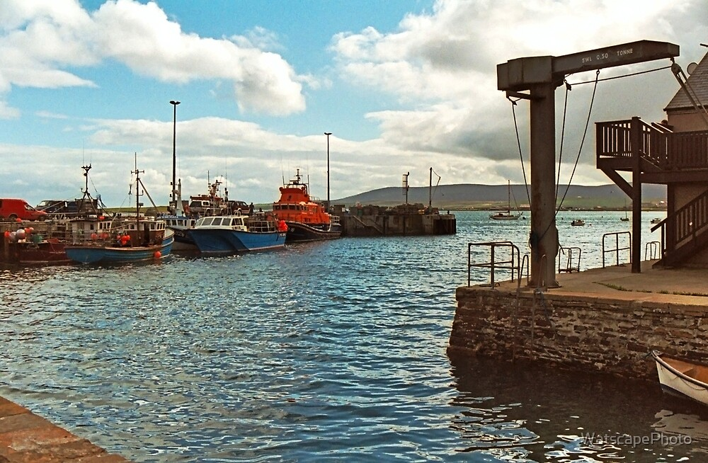 Stromness by WatscapePhoto