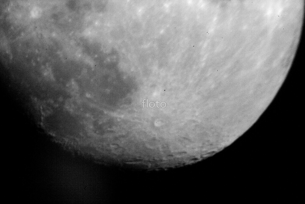 Bottom of the Moon by floto