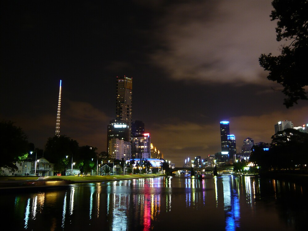 Melbourne at night by USASTEYNS