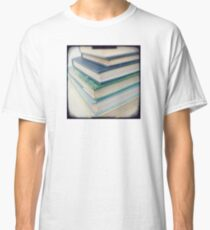 Pile of books - blue Classic T-Shirt