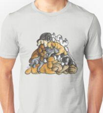 Camiseta unisex Dormir pila de perros Caniche