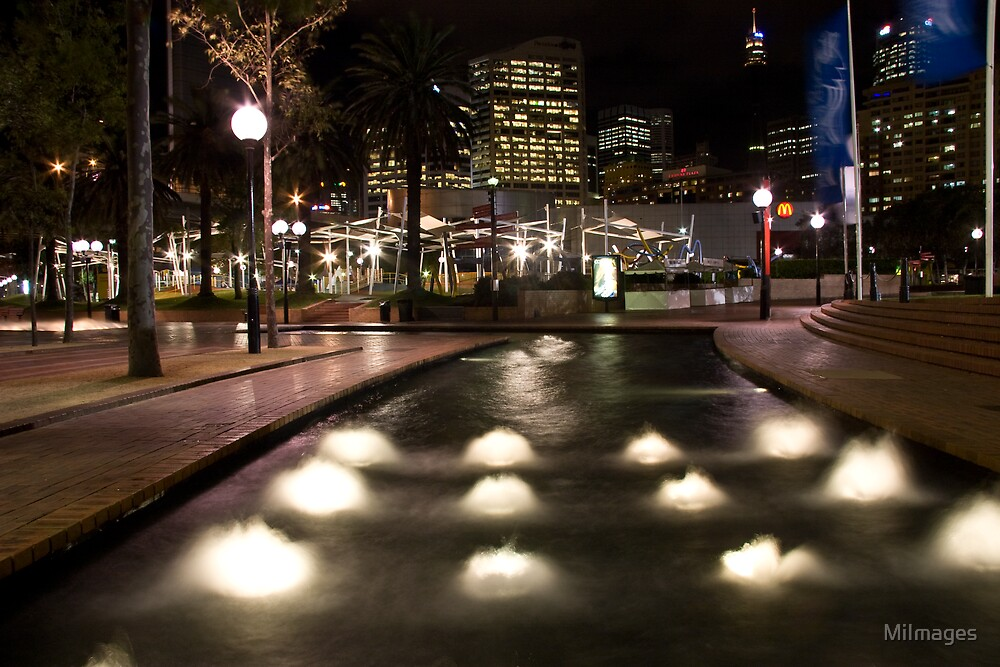 Darling Harbour Water Feature by MiImages