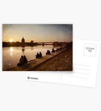 Un soir, sur les berges... Postcards