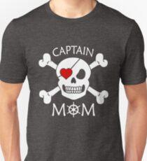 Captain Mom Funny Pirate Theme Fun Halloween Costume T-Shirt