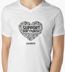 Unterstützung bestrafen nicht - Gadejuristen (Dänemark) T-Shirt mit V-Ausschnitt