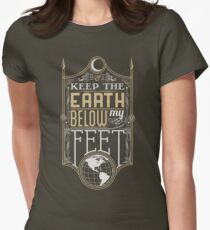 Mumford Typography (earth)(gold) Women's Fitted T-Shirt