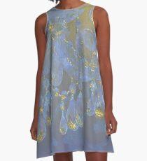 Champagne-Ballsaalnahaufnahme, glühendes ultraviolettes, Goldfunkeln-Fantasieleuchter A-Linien Kleid