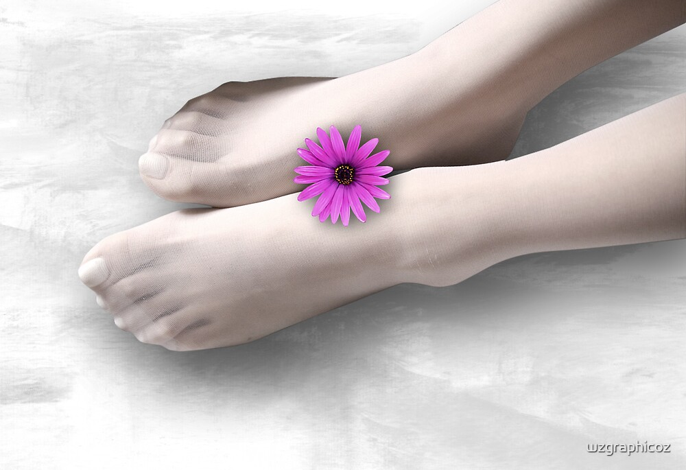 feet and flower by wzgraphicoz