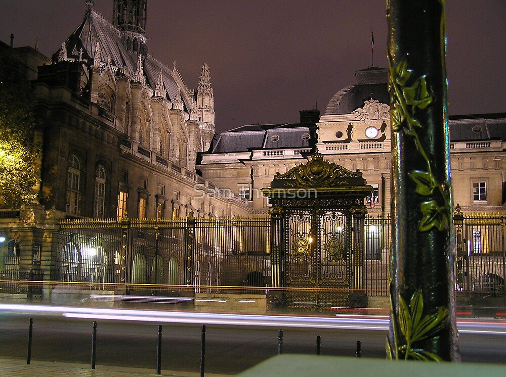 Paris at Night by Sam Thomson
