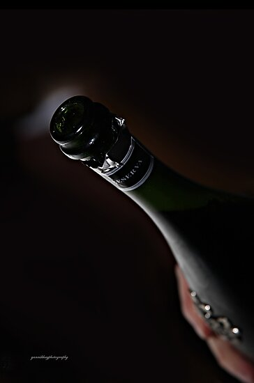Champagne - A Special Reserva for a Special Occasion by Yannik Hay