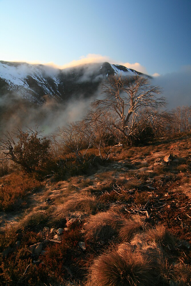 Sunrise on Mt Feathertop by Justin Poole