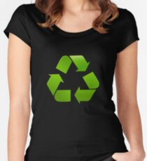 Green recycle symbol on black background Women's Fitted Scoop T-Shirt