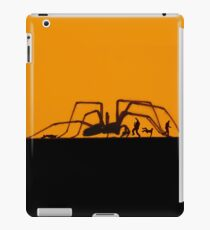 SPIDER ON THE HUNT iPad Case/Skin