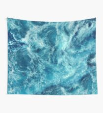 Ocean is shaking Wall Tapestry