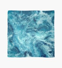 Ocean is shaking Scarf
