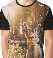 a deer in the yosemite national park Graphic T-Shirt