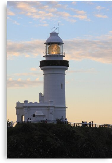 Byron Light by sailgirl