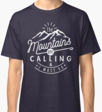 Camiseta clásica Las montañas están llamando y debo irme