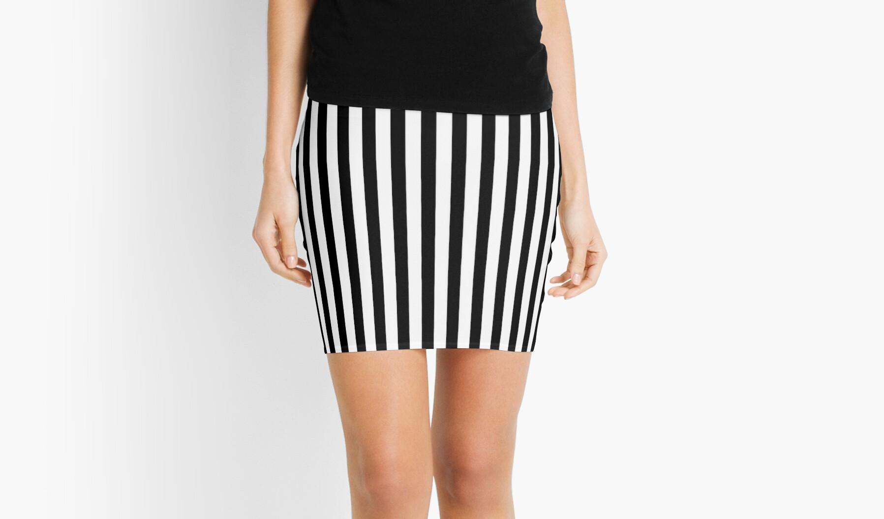 Slimming Black White Striped Mini Skirt