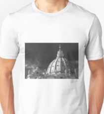 Dome of Saint Peter Basilica in Vatican City Rome Unisex T-Shirt