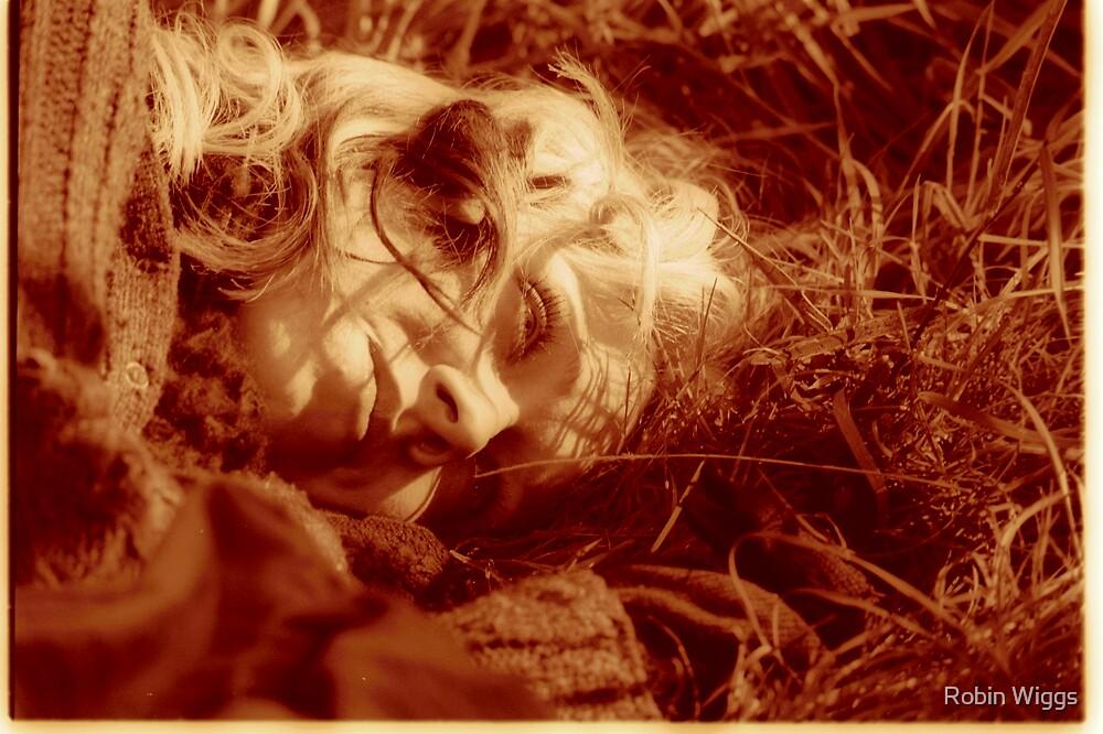 Gemma in the grass by Robin Wiggs