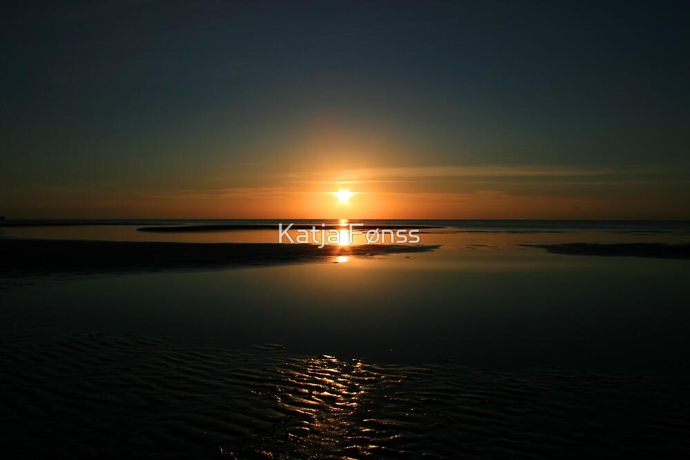 Calm of the Sunrise by Katja Fønss