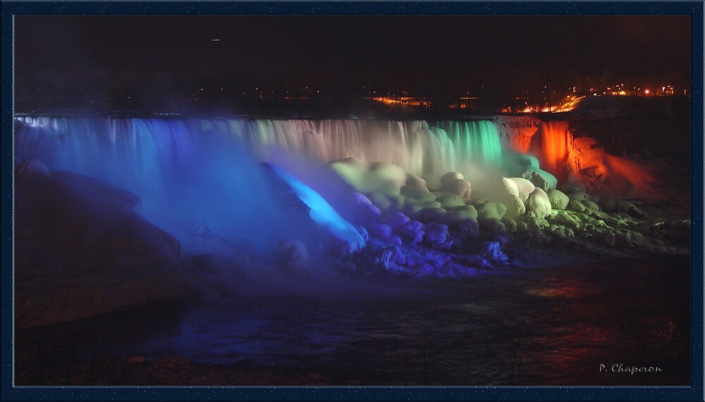 Night scene of the American Falls - Niagara Falls by paulchaperon