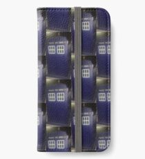THE TARDIS IN DOCTOR WHO iPhone Wallet/Case/Skin