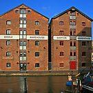 Gloucester Docks by RedHillDigital