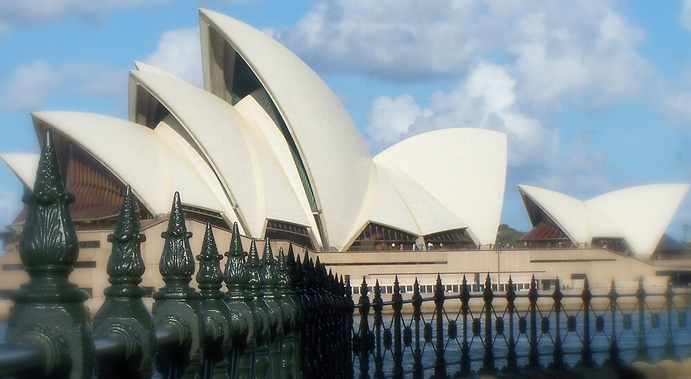 opera house iii by mikeiscoolstar