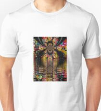 PEPPER FRACTAL OF HUE POND T-Shirt