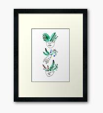 Flora y fauna Framed Print