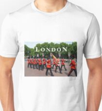 Changing of the Guard, Buckingham Palace, London Unisex T-Shirt