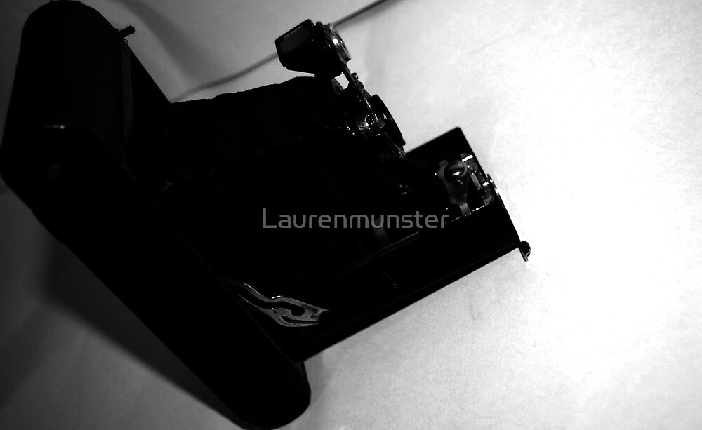 old camera by Laurenmunster