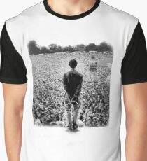 OASIS AT KNEBWORTH - posterized image. ICONIC Graphic T-Shirt