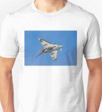 Eurofighter Typhoon FGR.4 ZK352/BV barrel rolling Unisex T-Shirt