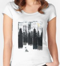 A Fox in the Wild Night Women's Fitted Scoop T-Shirt