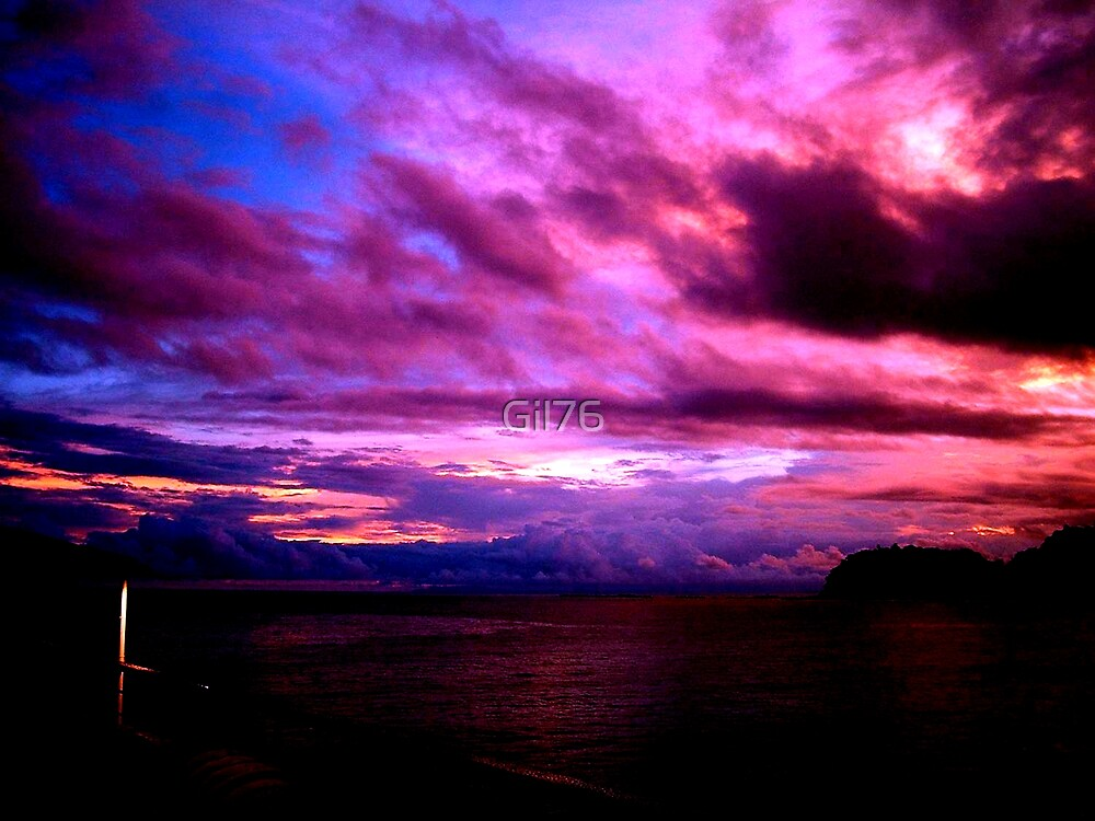 Colorful cloud & sunset by Gil76