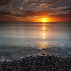 sunrise, stonehaven beach by codaimages